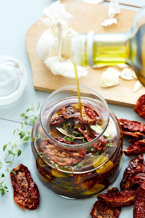 Sun-dried tomatoes in olive oil
