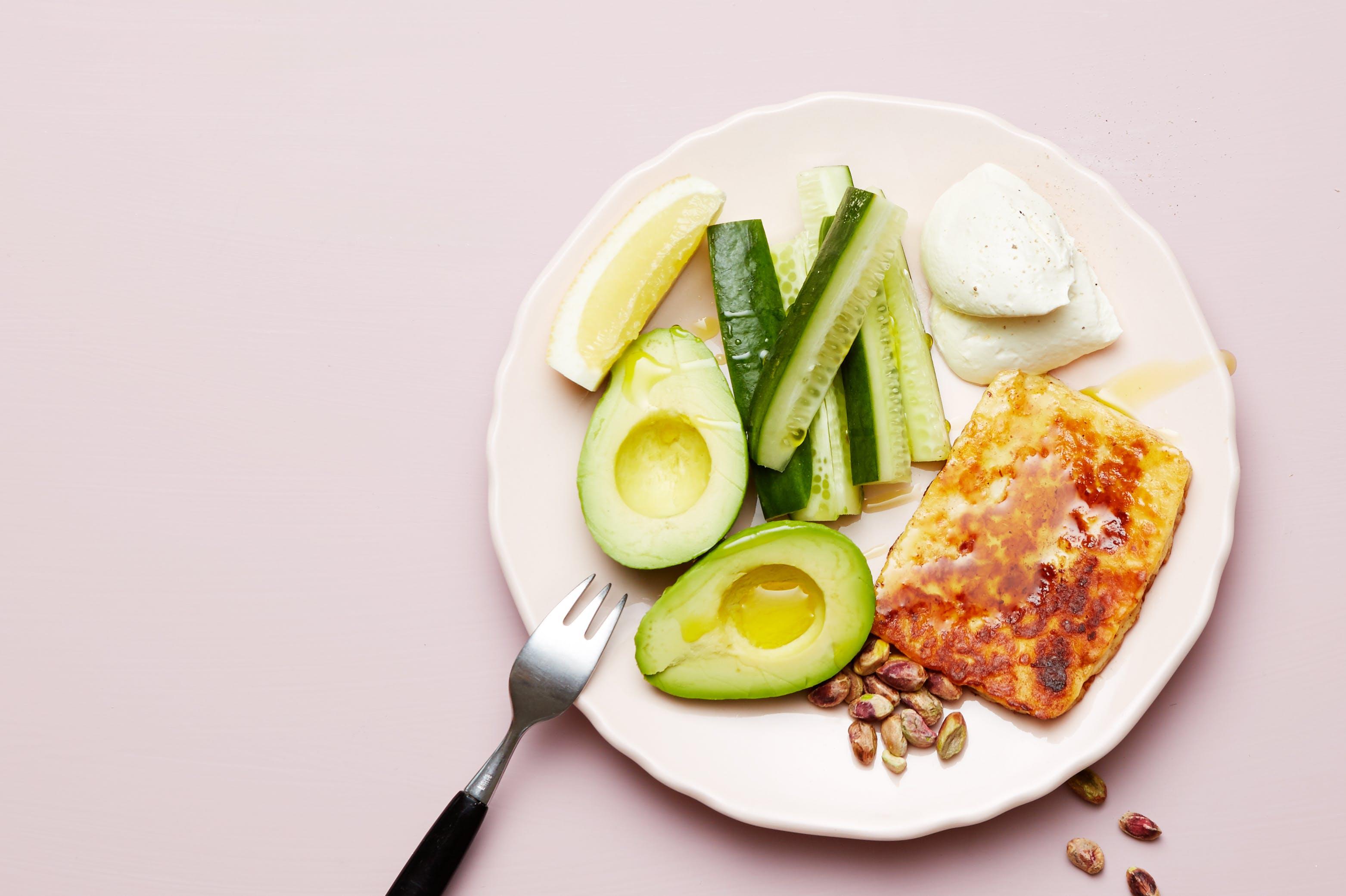 Keto Halloumi cheese and avocado plate