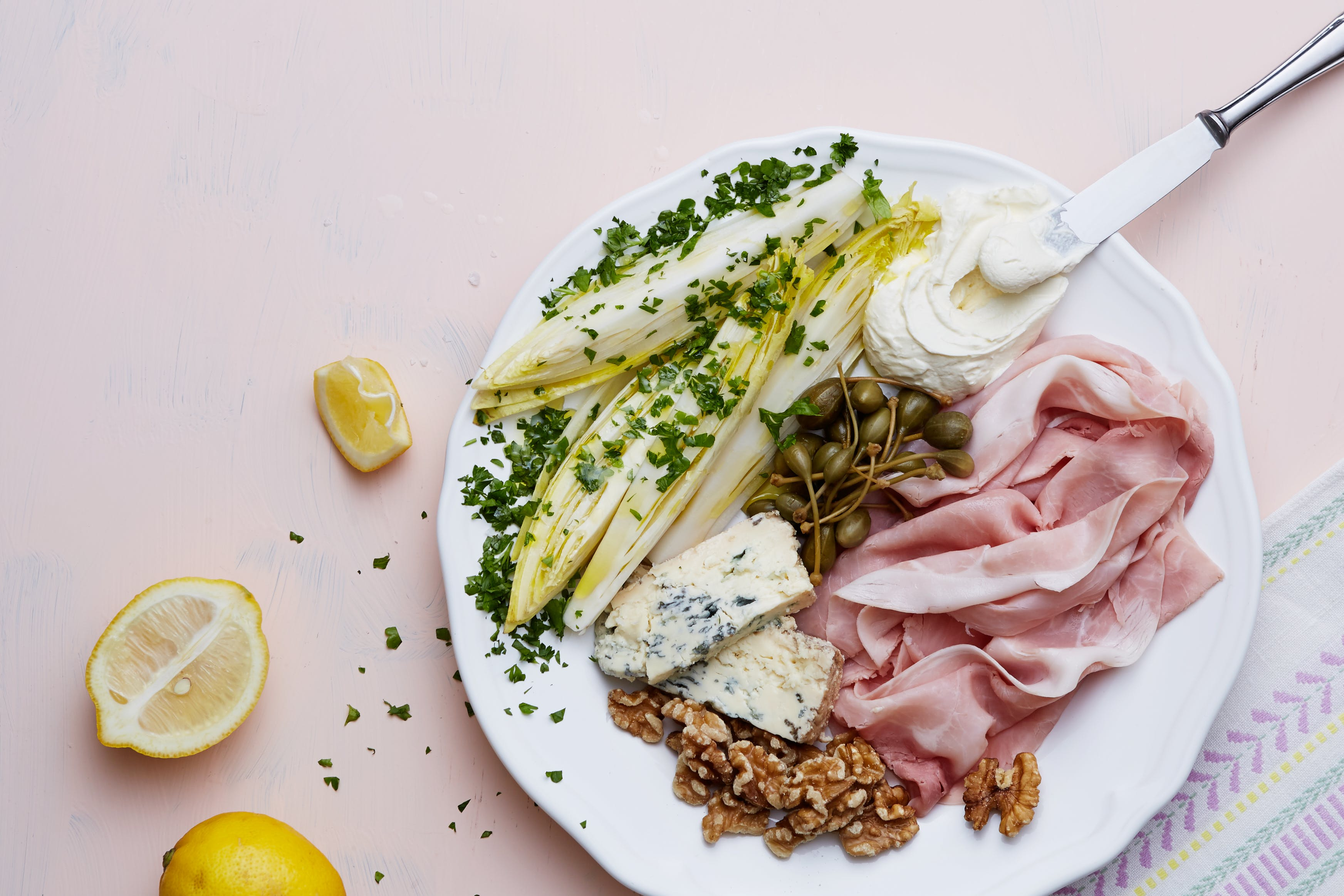 Keto prosciutto and blue cheese plate