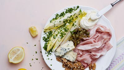 Keto prosciutto and blue cheese plate