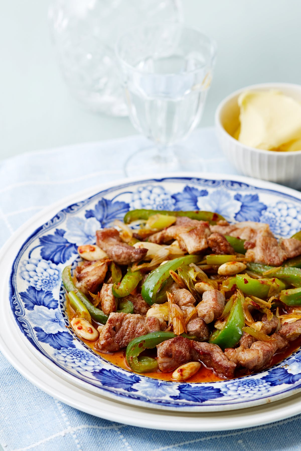 Keto pork and green pepper stir-fry