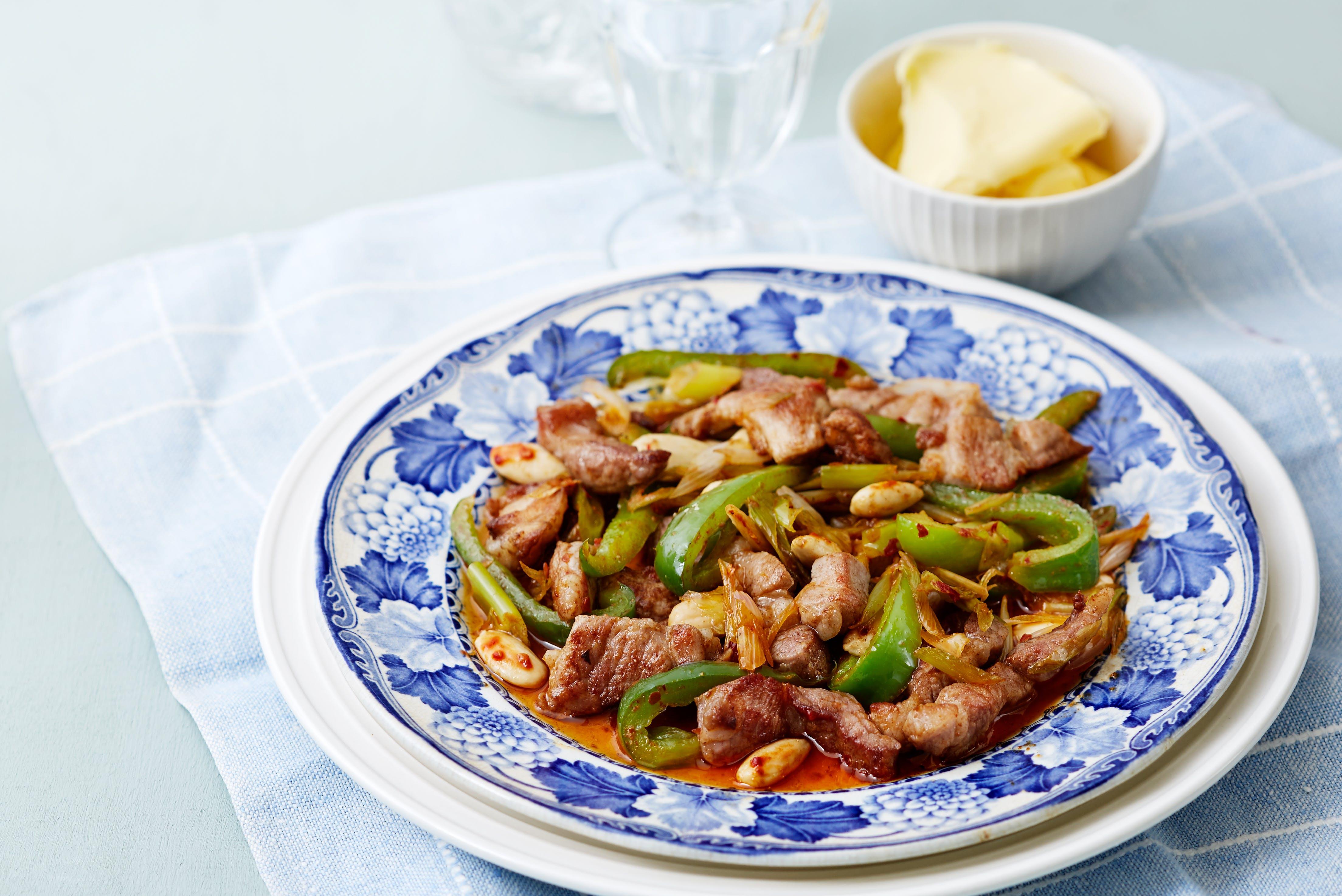 Keto pork and green pepper stir-fry