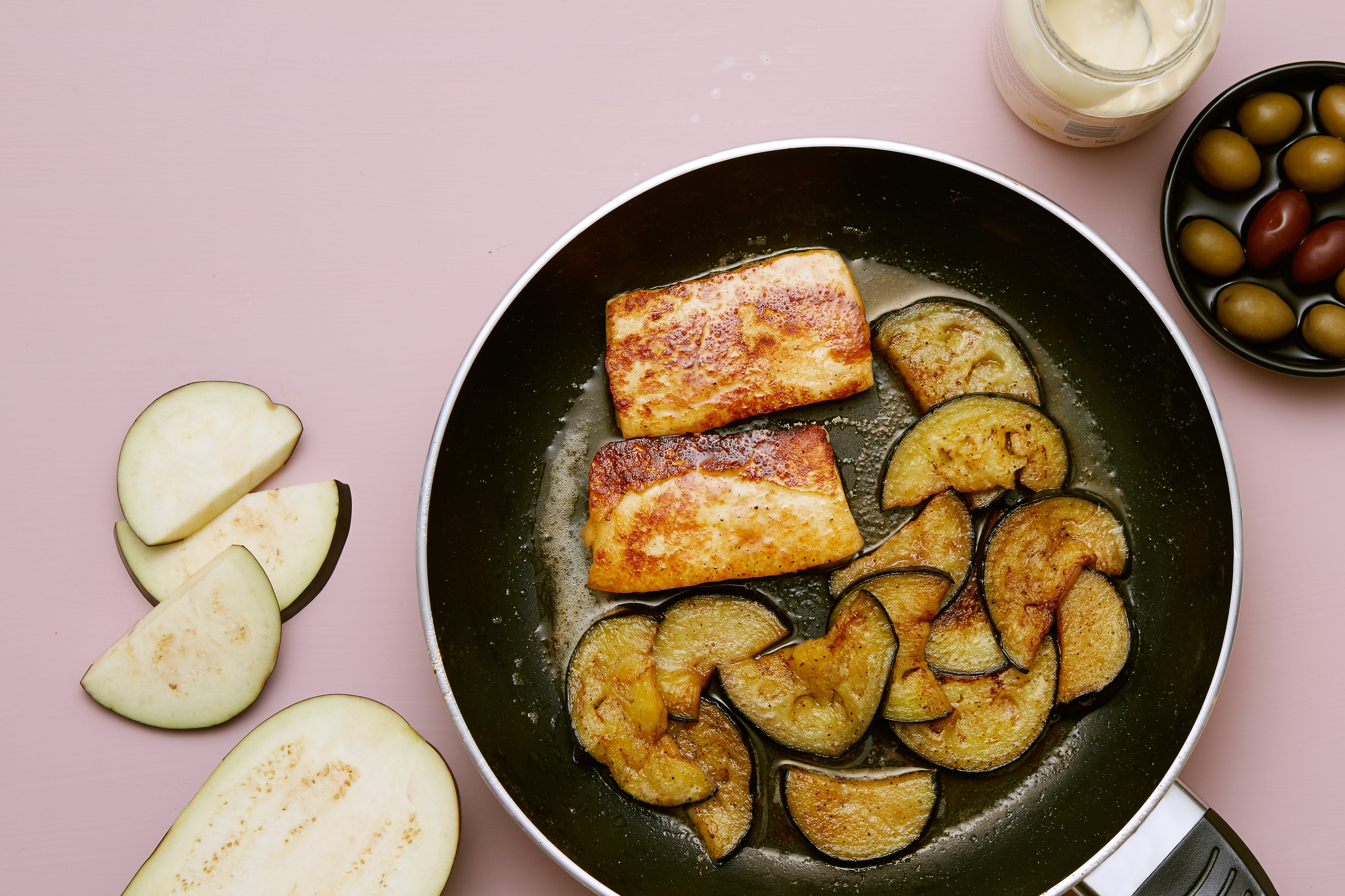 Halloumi cheese with butter-fried eggplant