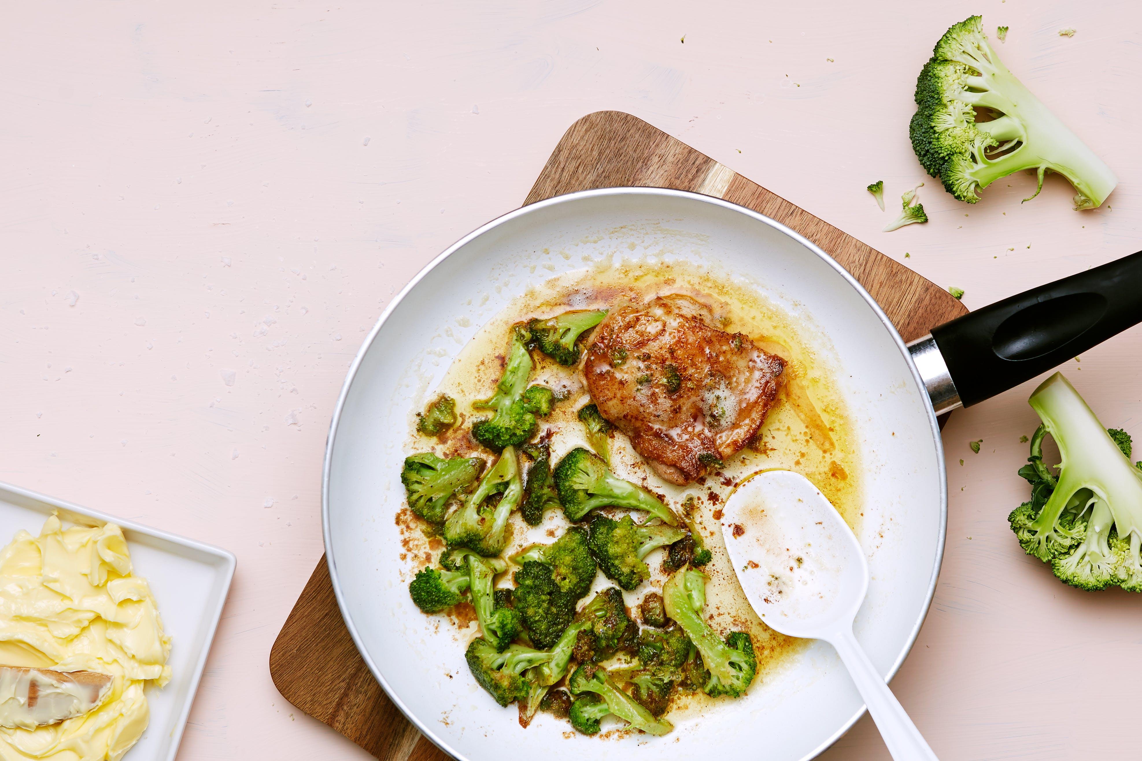 Keto fried chicken with broccoli