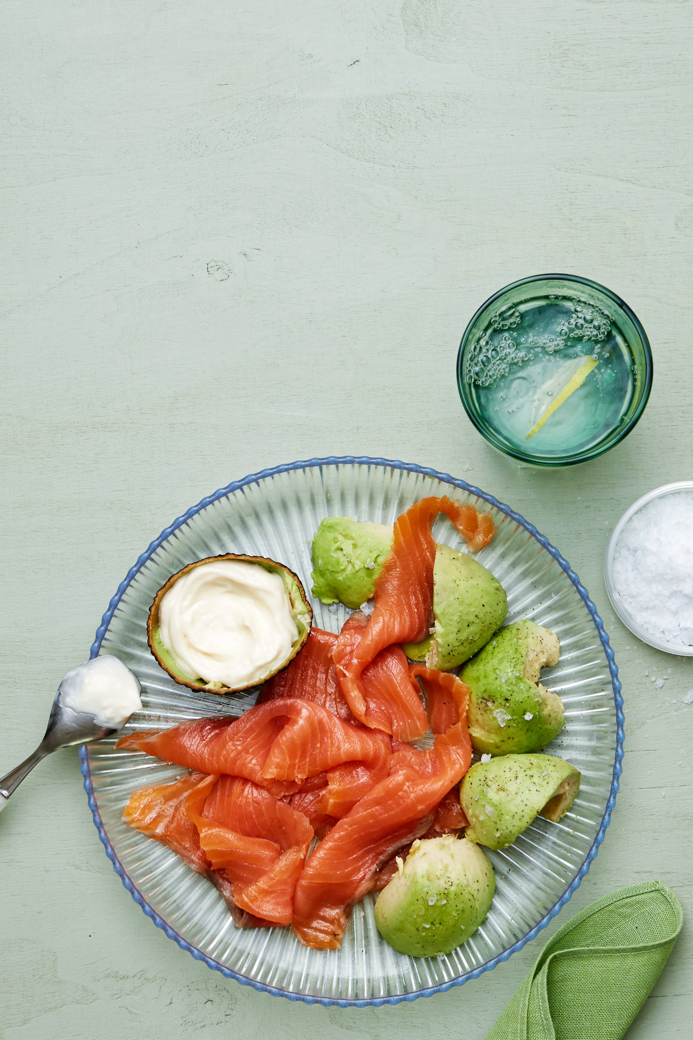 Keto smoked salmon and avocado plate