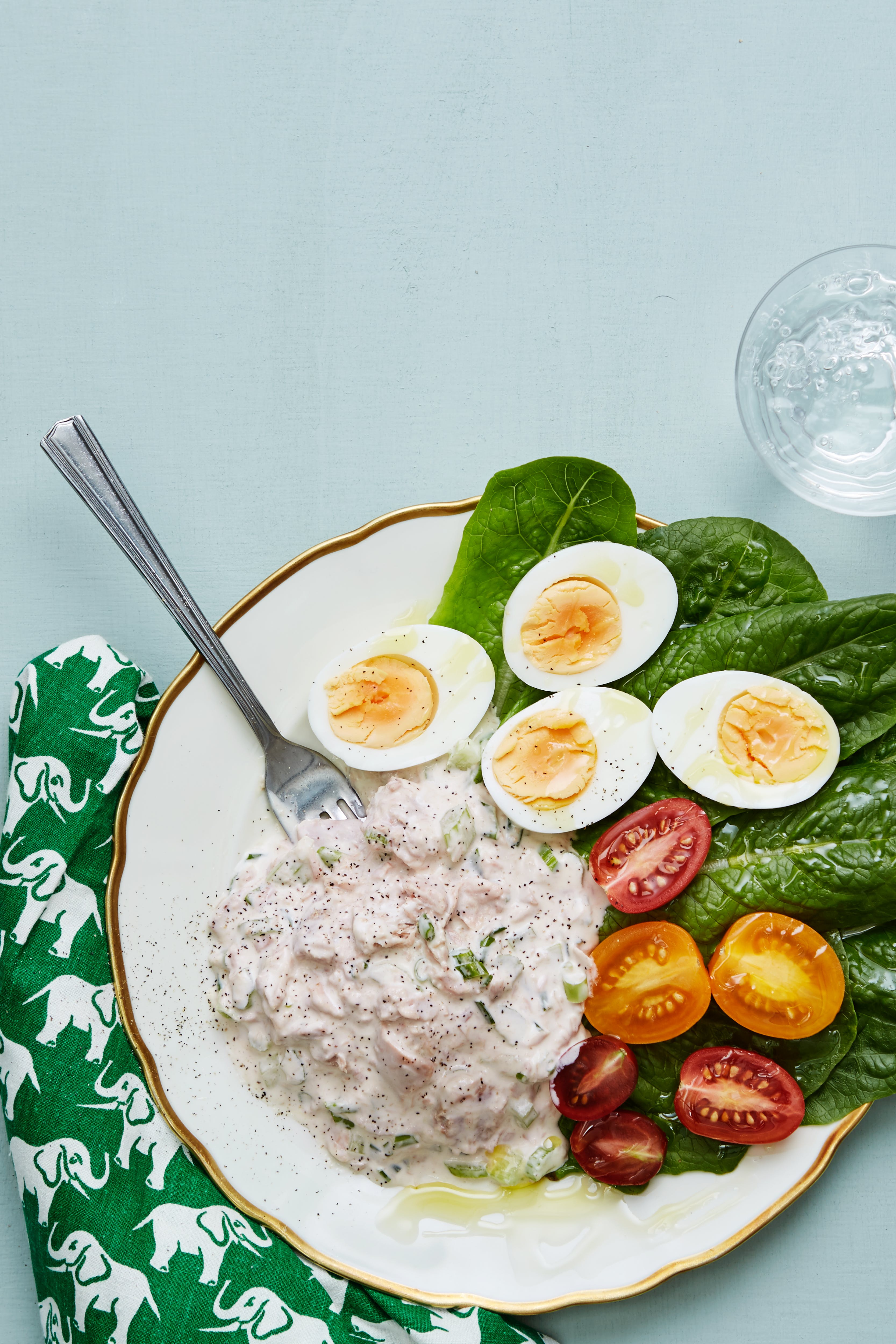 Keto tuna salad with boiled eggs
