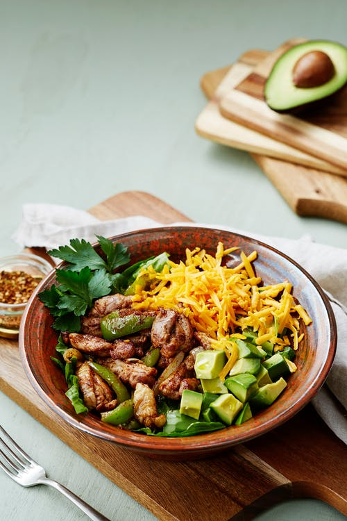 Keto chicken fajita bowl
