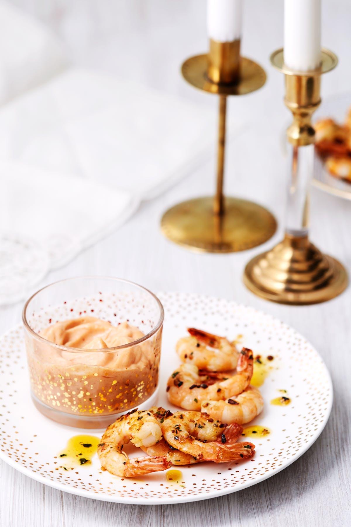 Hot keto shrimp cocktail
