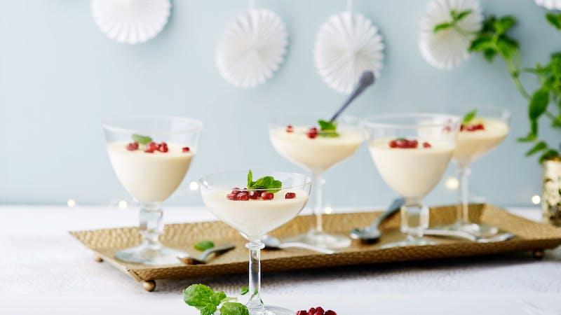 Keto Vanilla Pannacotta - Creamy and Luxurious