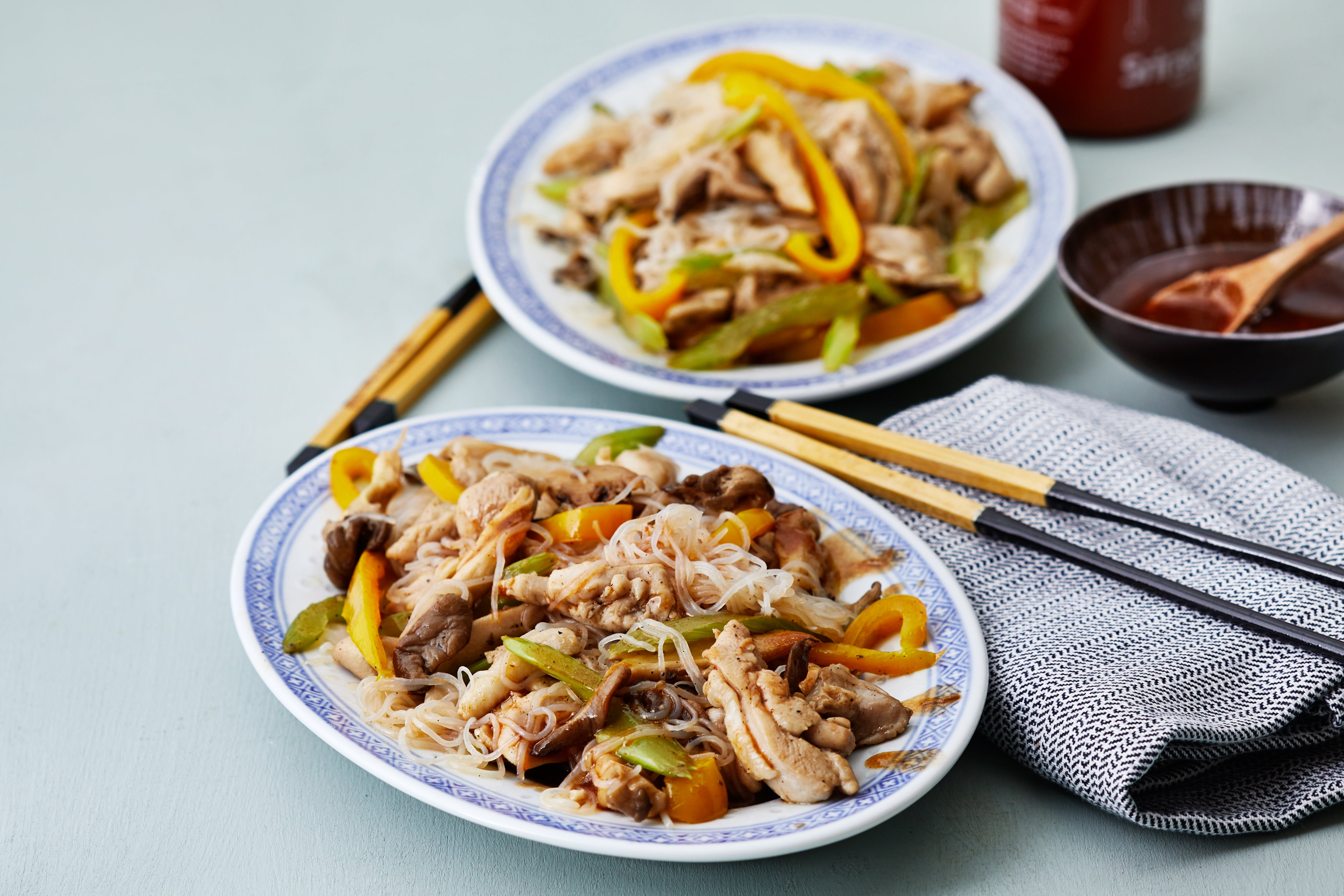 Keto chicken stir-fry with shirataki noodles