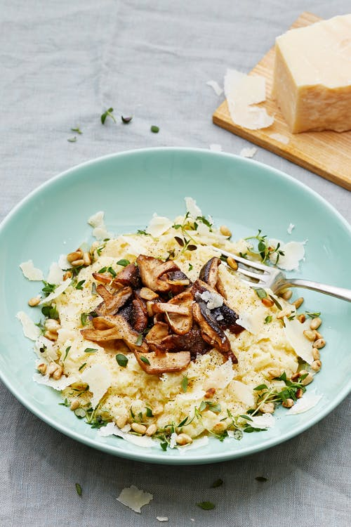 Creamy low-carb cauliflower mushroom risotto