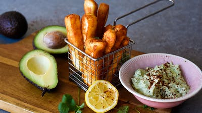 Halloumi fries with avocado dip