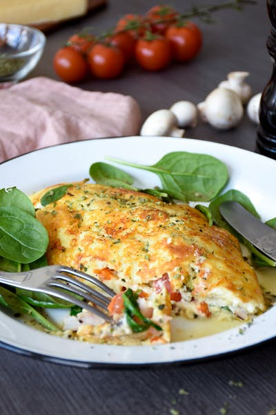 Jill's cheese crusted omelet<br />(Lunch)