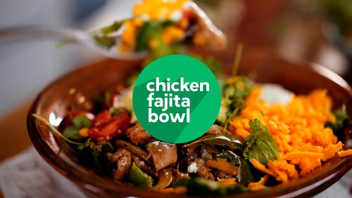 Cooking keto: Chicken fajita bowl