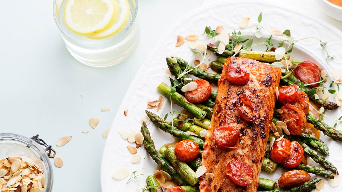 Low-carb fish & seafood – in 30 minutes or less