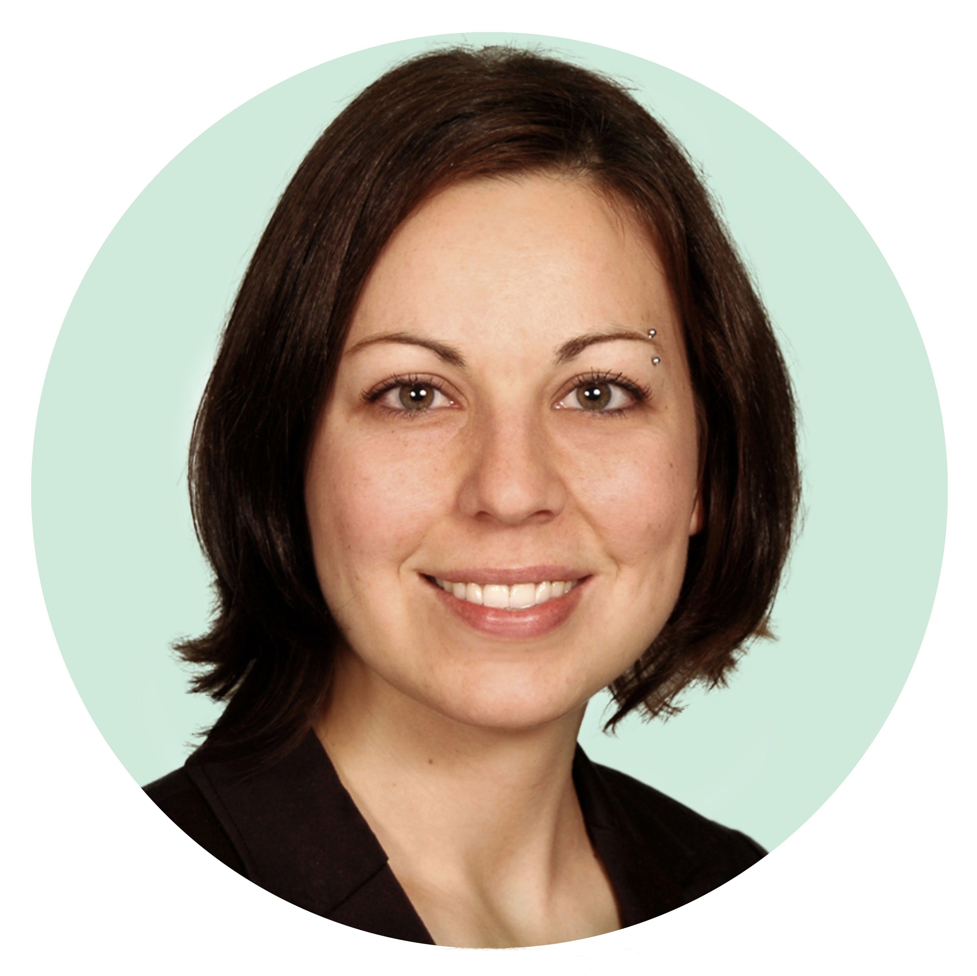 Dr. Evelyne Bourdua-Roy, M.D.