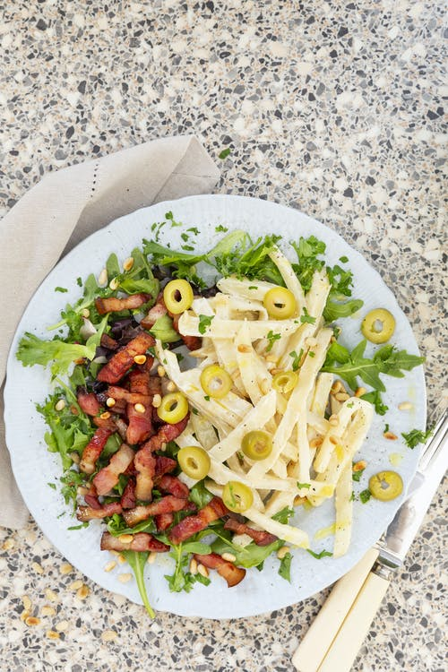 Celery root salad with crispy bacon