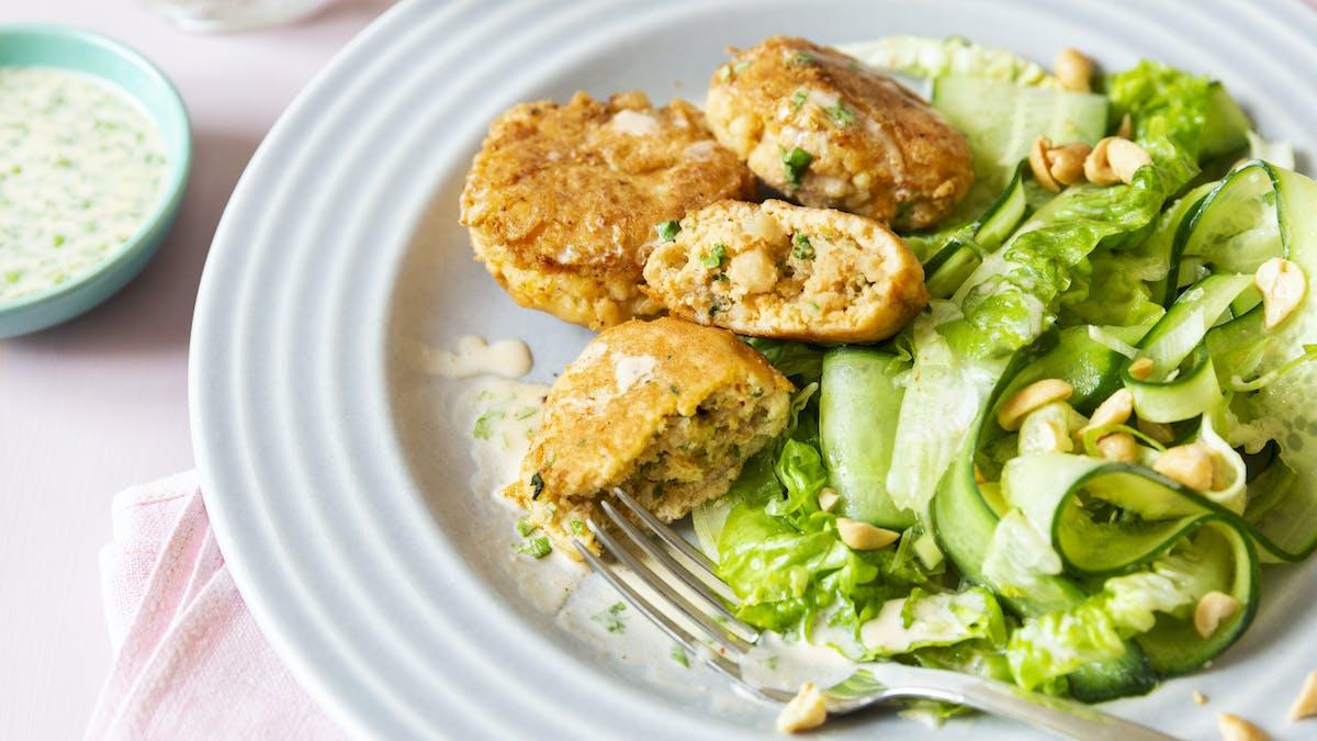 Crab cakes with cucumber salad