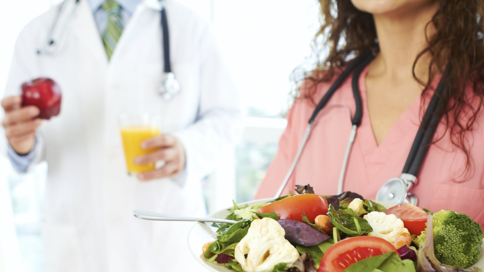 UK family doctors will be trained in low-carb diets - Diet Doctor