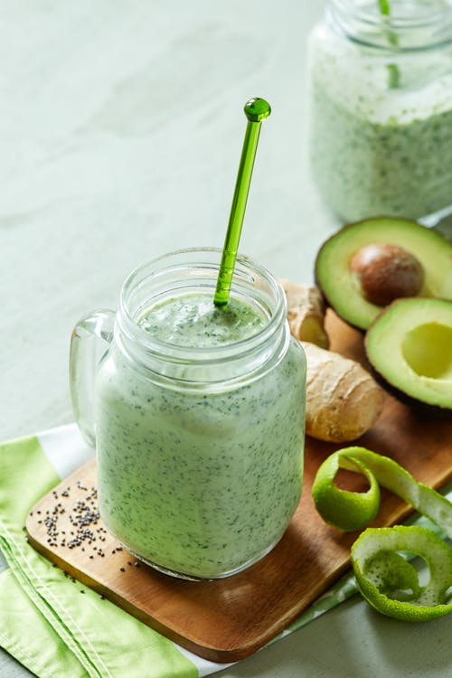 Spinach and avocado smoothie