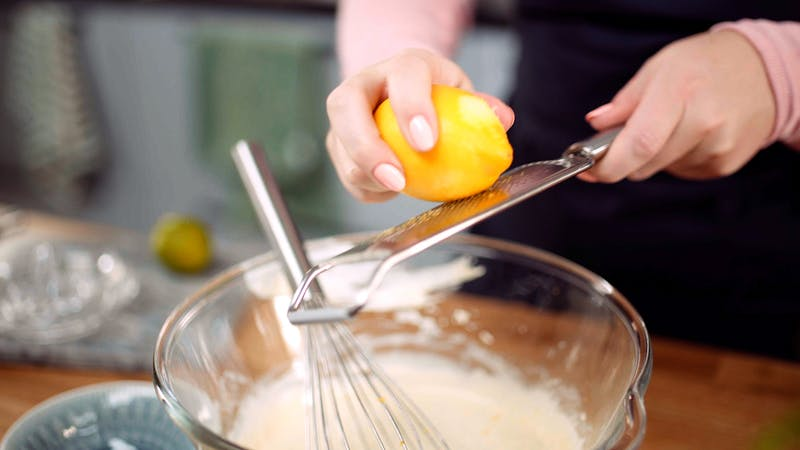 柠檬罂粟种子的奶酪蛋糕