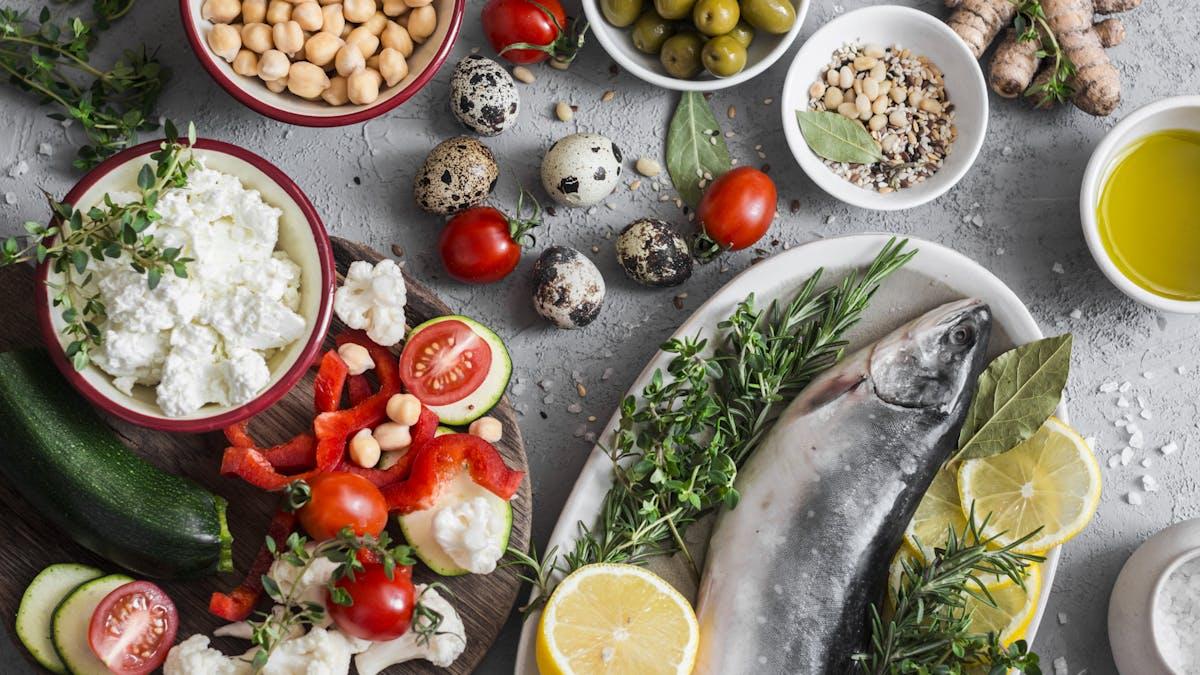 Does a Mediterranean diet reduce risk of depression?