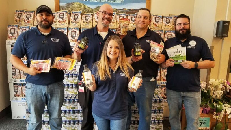 """Keto Krew"" at Texas grocer works together to drop 200 pounds"