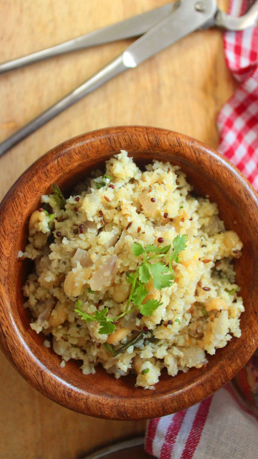 Low-carb upma (Indian breakfast dish)