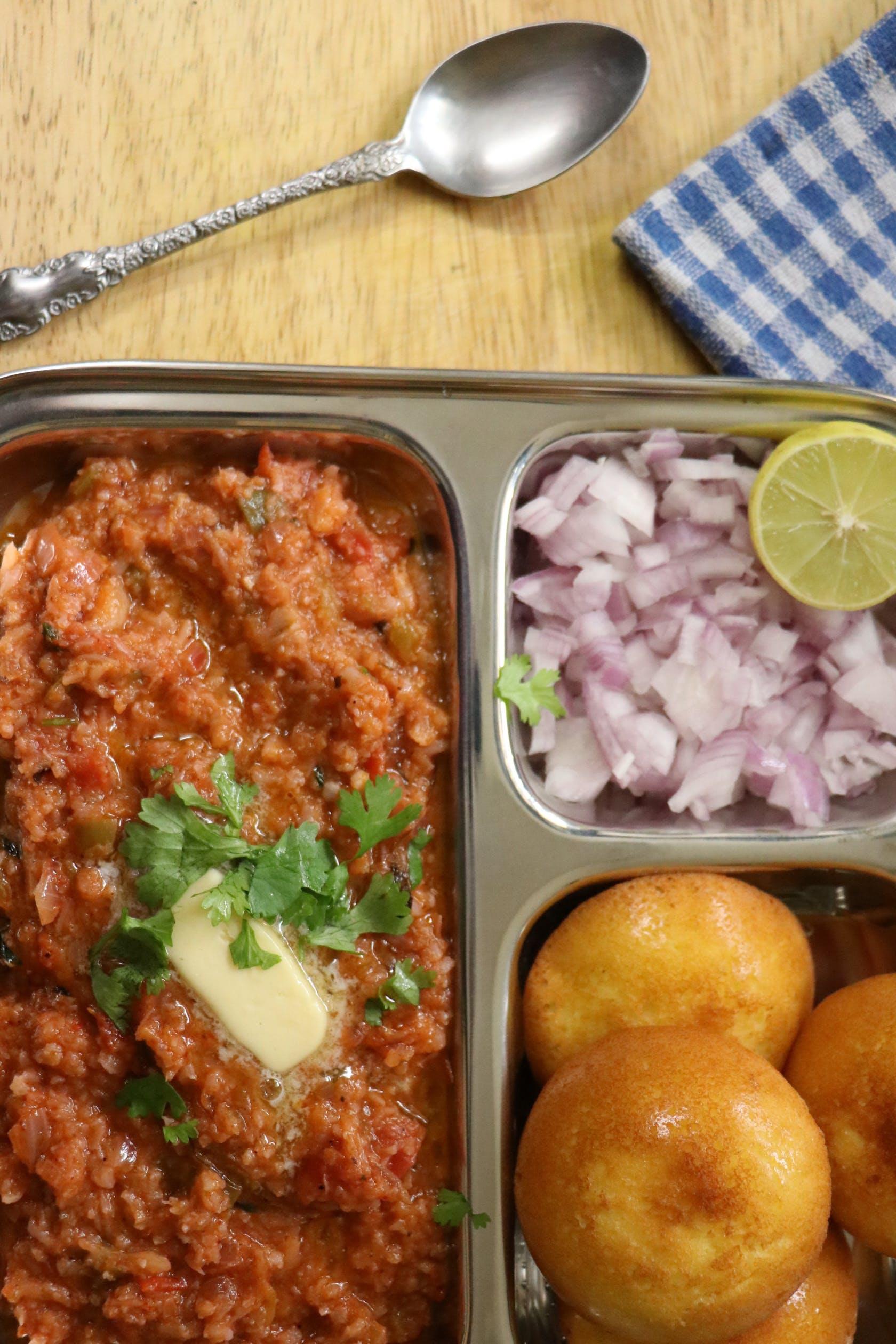 Low-carb pav bhaji