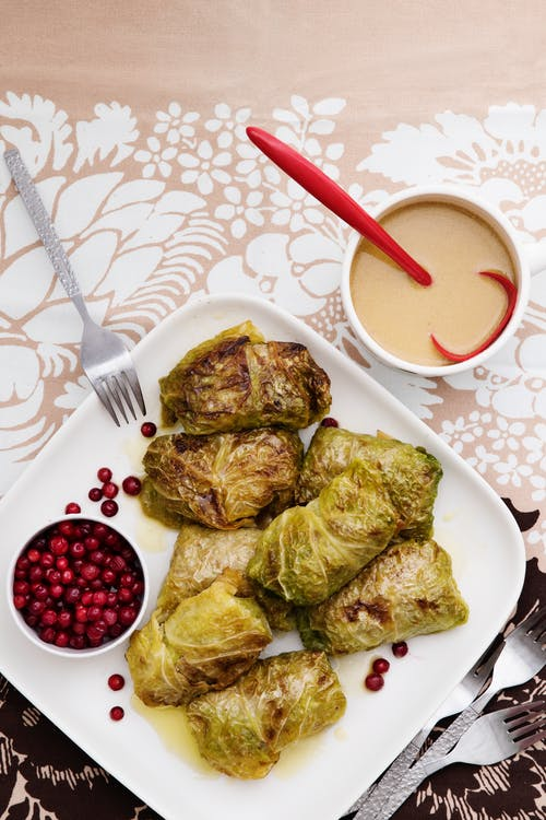 Low-carb stuffed cabbage rolls