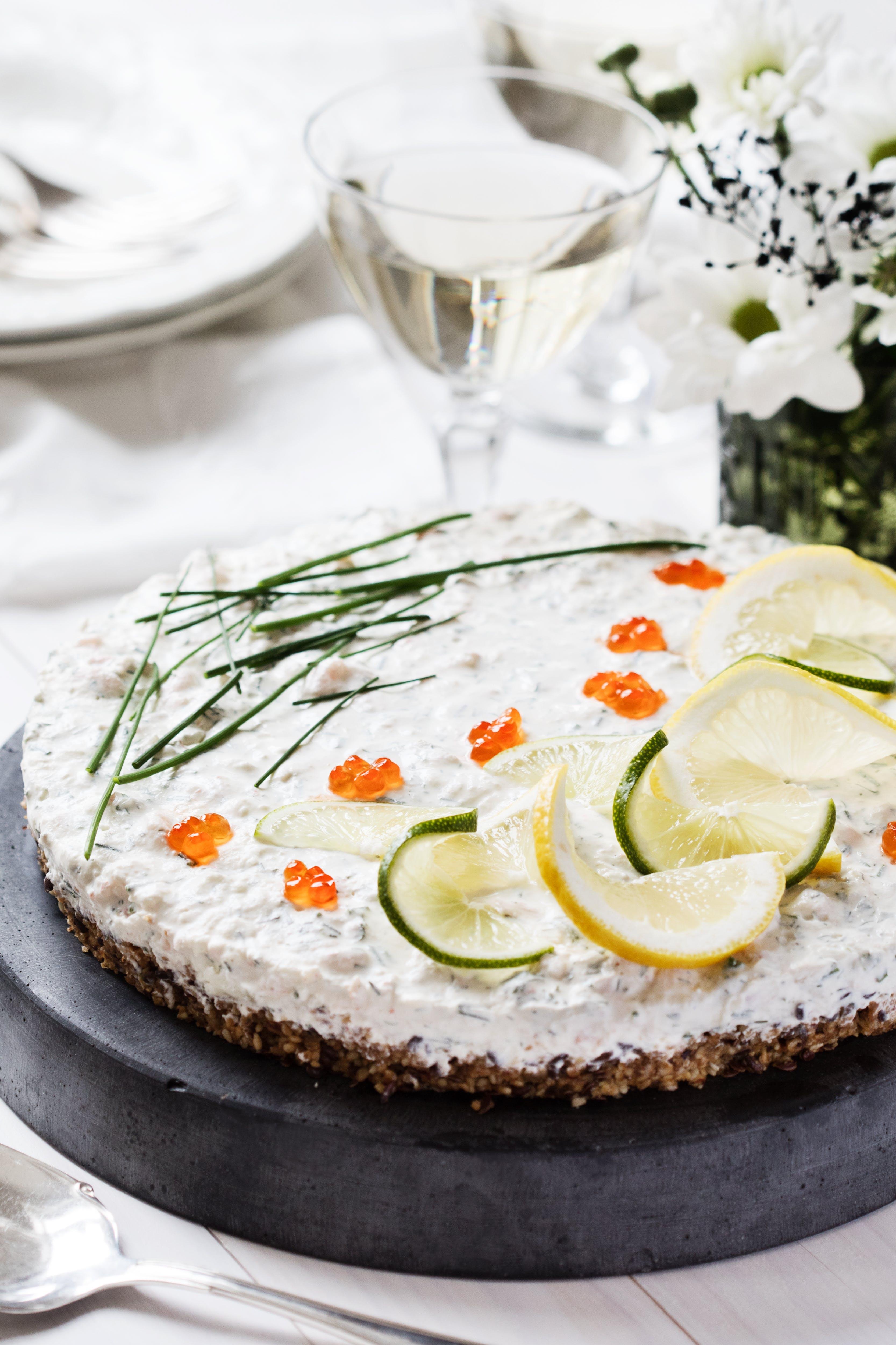 Low-carb shrimp cheesecake