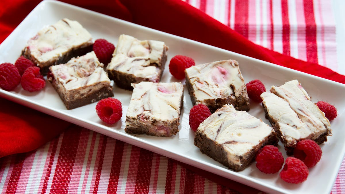 Low-carb raspberry cheesecake swirl brownies