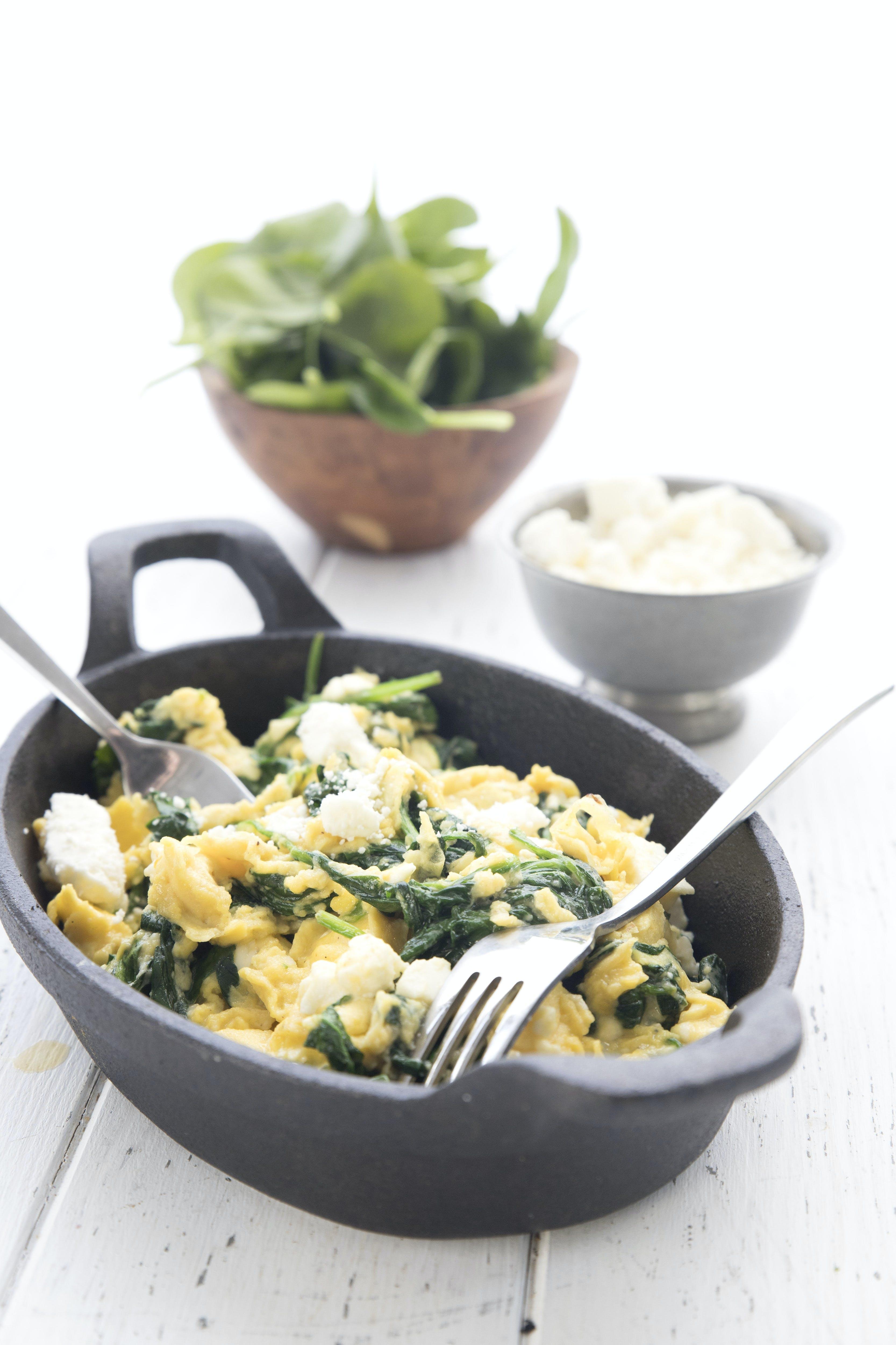 Spinach and feta breakfast scramble