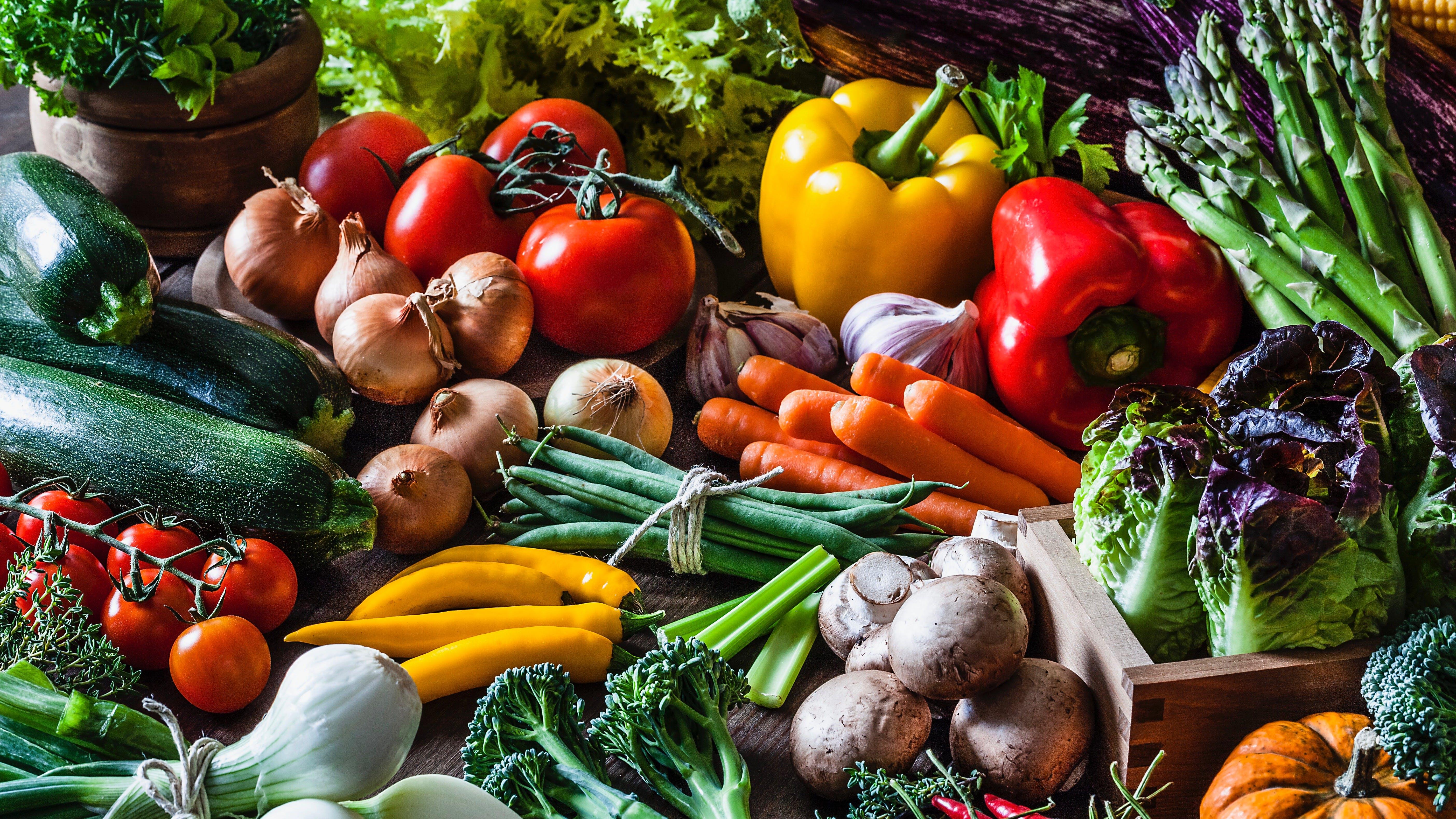 A low-carb diet does not mean a low-fiber diet