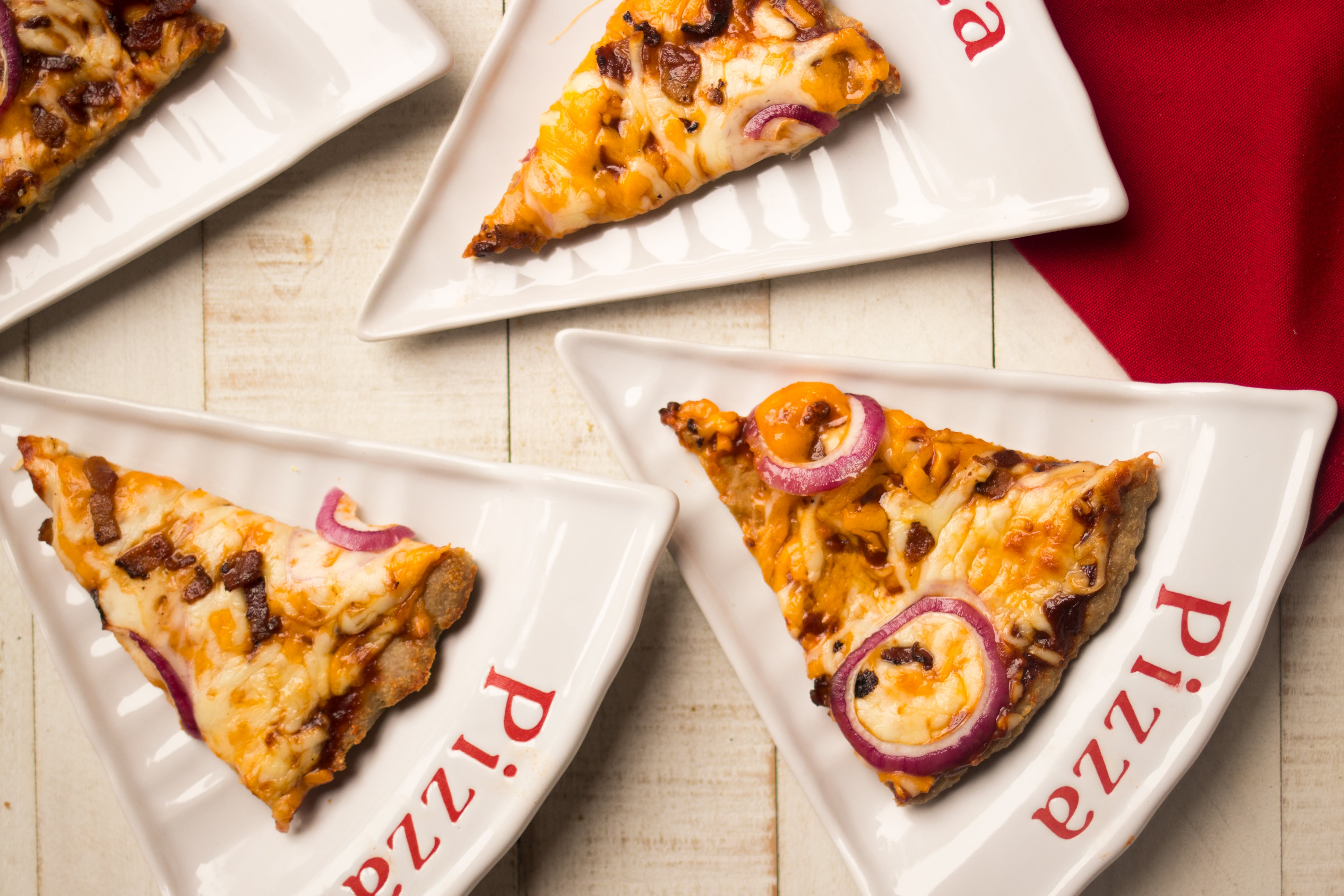 BBQ chicken meatza with bacon