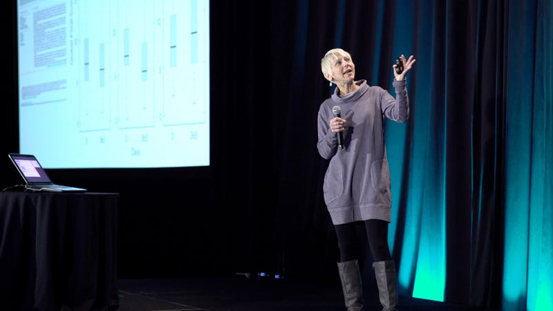 un régime de faible teneur en glucides pour T2D loopback-Dr Sarah Hallberg
