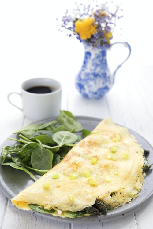 Keto spring veggie and goat cheese omelet