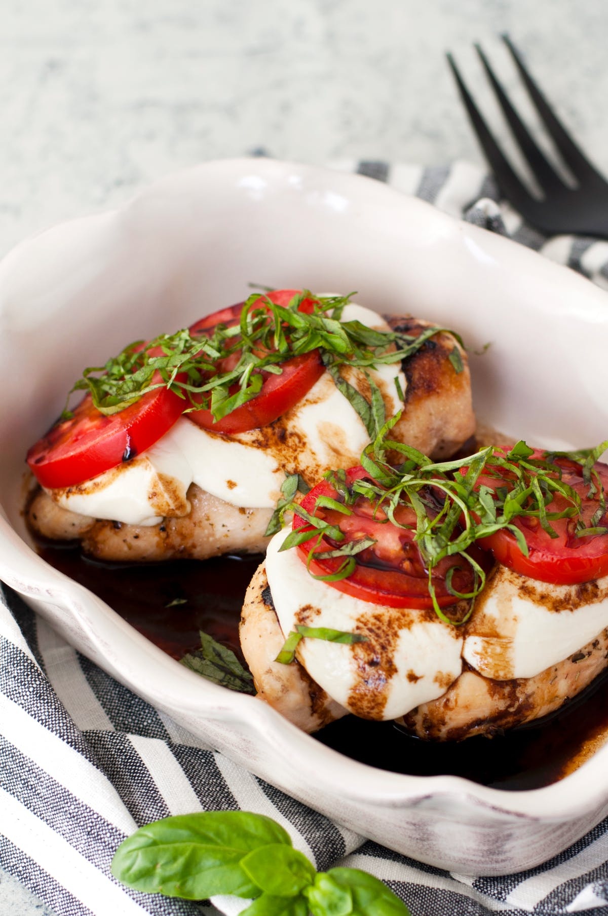 Low-carb Caprese chicken