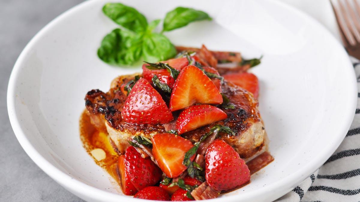 Strawberry basil pork chops