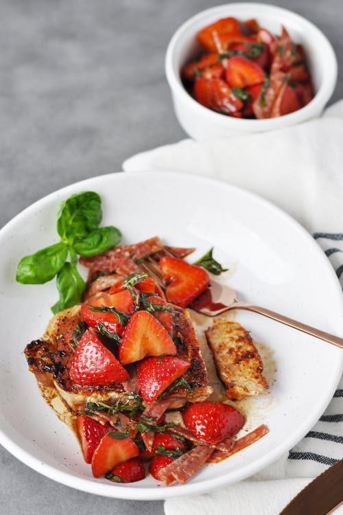 Strawberry basil pork chops