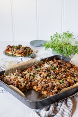 Low-carb zucchini pizza casserole