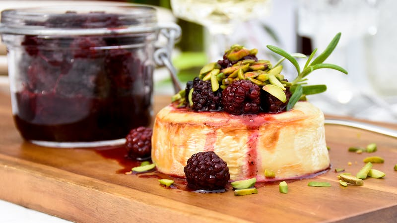 Keto goat cheese with blackberries and roasted pistachios