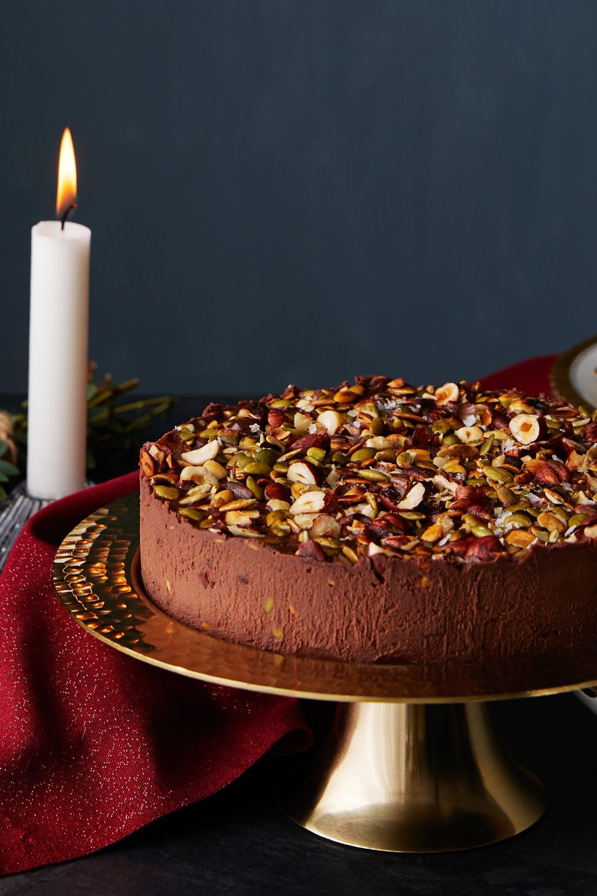 Keto no-bake chocolate cake