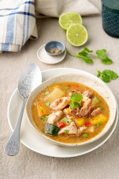 Low-carb chicken sancocho