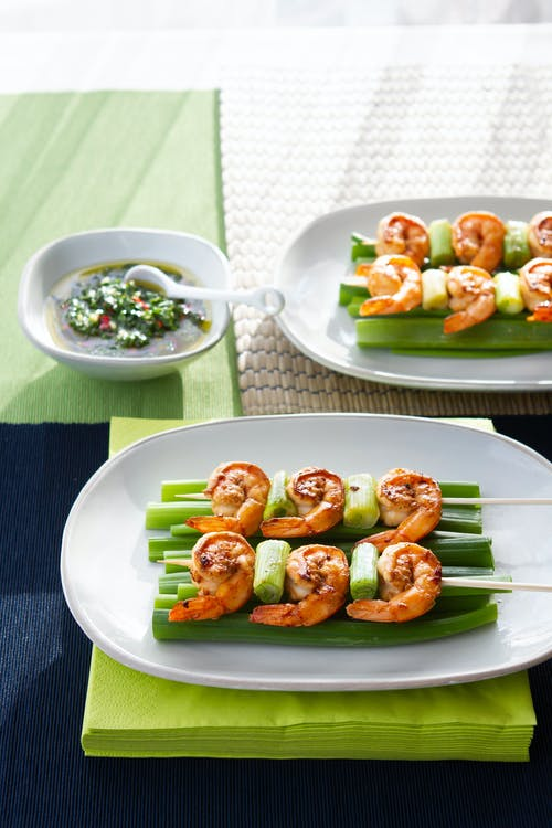 Low-carb shrimp skewers with chimichurri