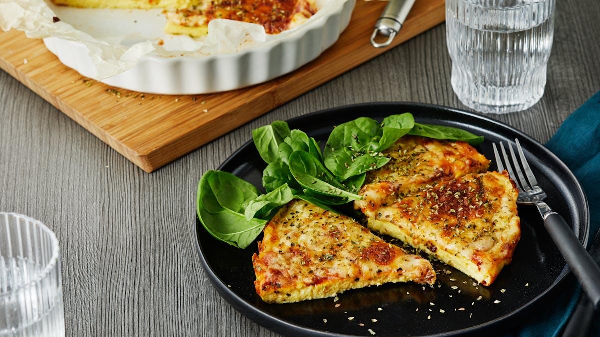 Keto pizza omelet