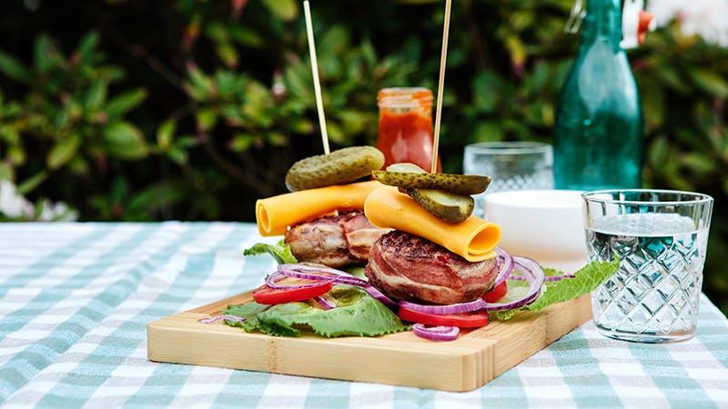 DD-443-baconburger_MailChimp