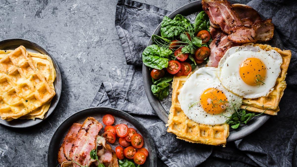 Breakfast keto chaffles<br />