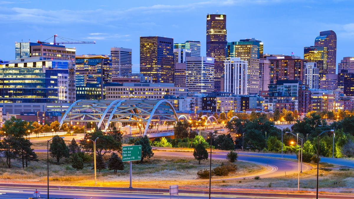Get motivated and inspired at Low Carb Denver 2020