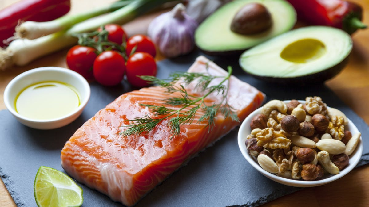 Study: Swedish nutrition students are consuming fewer carbs and more fat